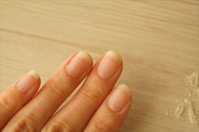 ジェルネイルオフ直後の爪