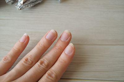 ジェルネイルを外した爪